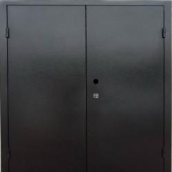 Двухстворчатая металлическая двухлистовая  дверь  1600 на 2100 мм.